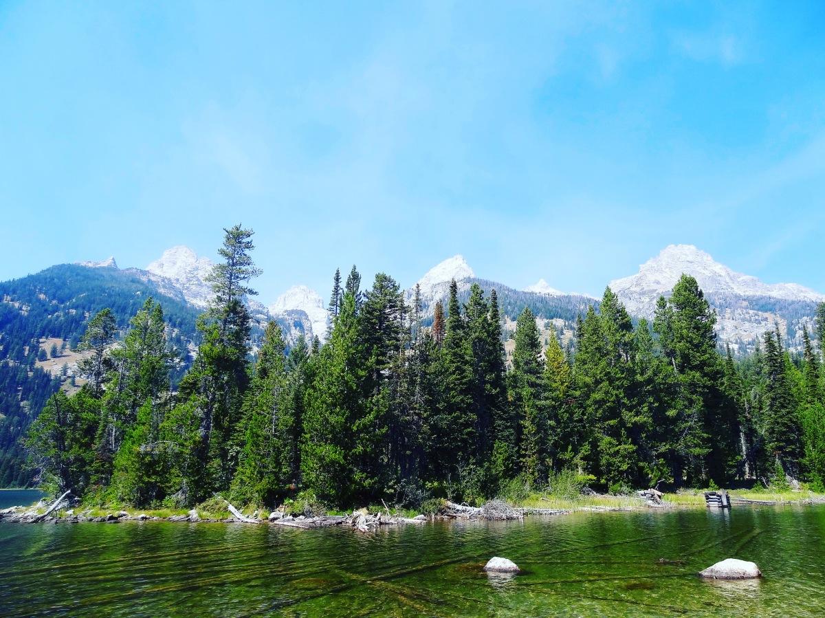 Hiking Bradley-Taggart LakeLoop